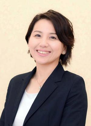 取締役社長 塩﨑 明子
